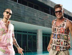 """Maluma y Ricky Martin otra vez juntos: mirá el videoclip del nuevo hit """"No se me quita"""""""