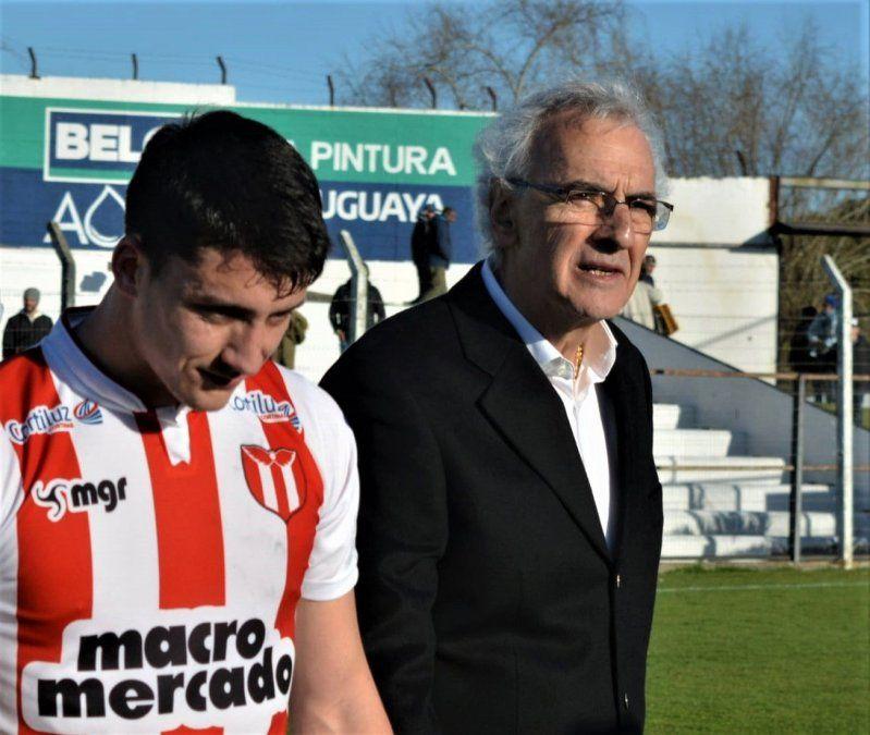 El entrenador Jorge Fossati volvió al fútbol uruguayo y en siete partidos puso a River en su primera final.