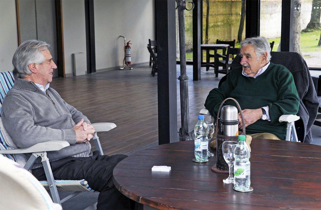 Mujica le planteó ideas a Vázquez para atraer capitales de uruguayos en el exterior