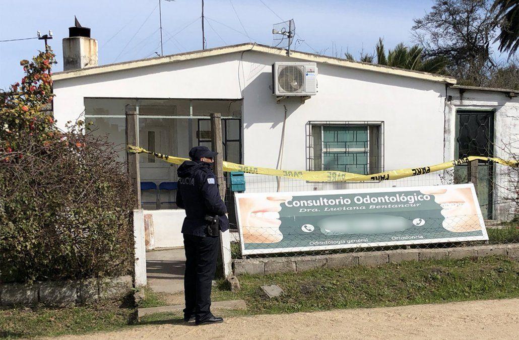 Mataron a una odontóloga de 28 puñaladas en su casa de pueblo Castellanos