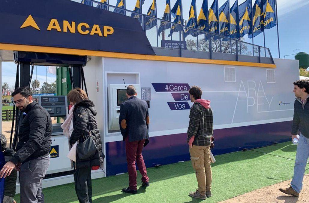 Ancap instalará estaciones de servicio para autoabastecerse de combustible