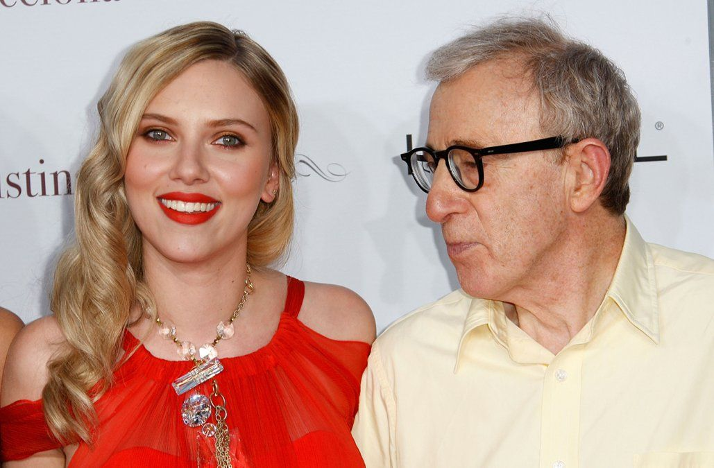 Scarlett Johansson defiendió a Woody Allen y dijo que volvería a trabajar con él