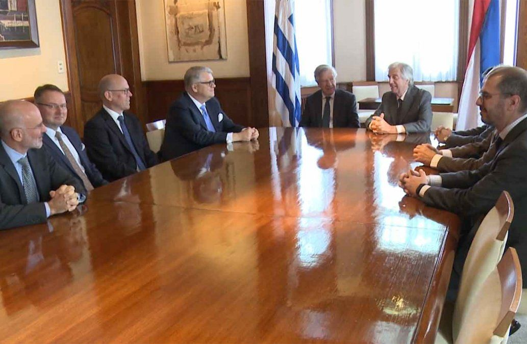 Vázquez recibió a autoridades de UPM y destacó la importancia económica del proyecto