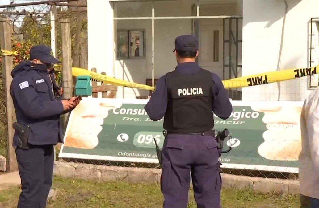 Fueron 49 puñaladas las que recibió la odontóloga asesinada en su casa de pueblo Castellanos