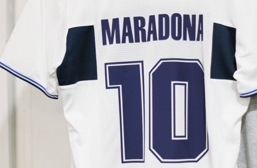 Locura y tensión en Gimnasia; nadie se quiere perder la presentación de Maradona