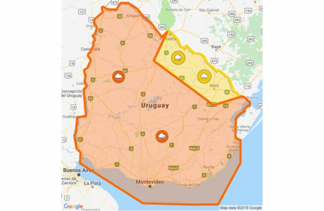 Casi todo el país bajo alerta naranja por persistencia de tormentas y lluvias