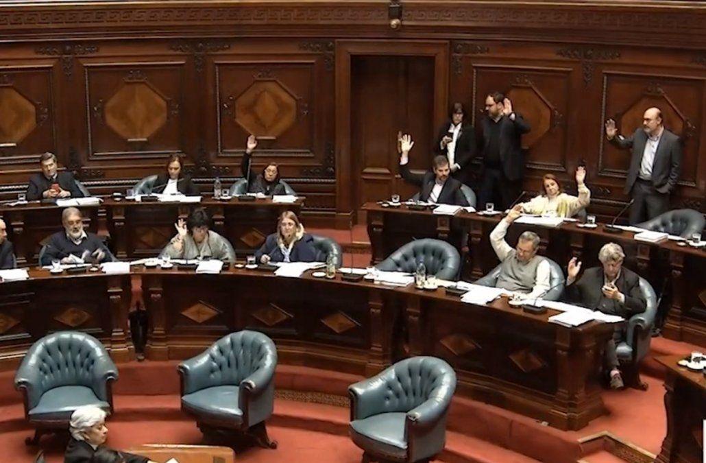 Habrá debate entre candidatos que lleguen al balotaje tras sanción de la ley en el Senado