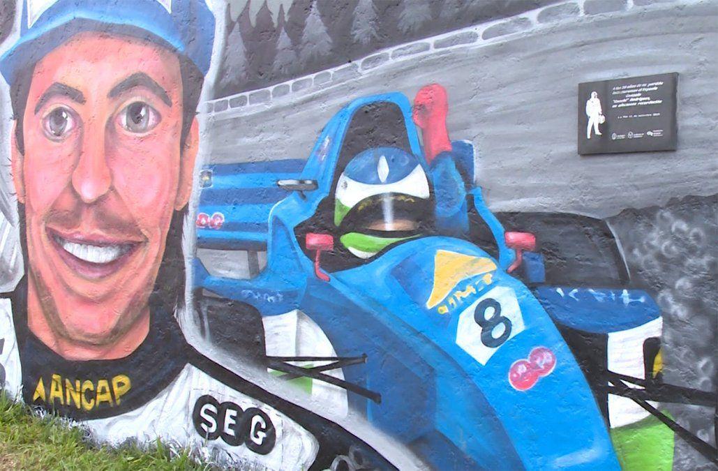 A 20 años de la muerte de Gonchi Rodríguez inauguraron un mural en su homenaje