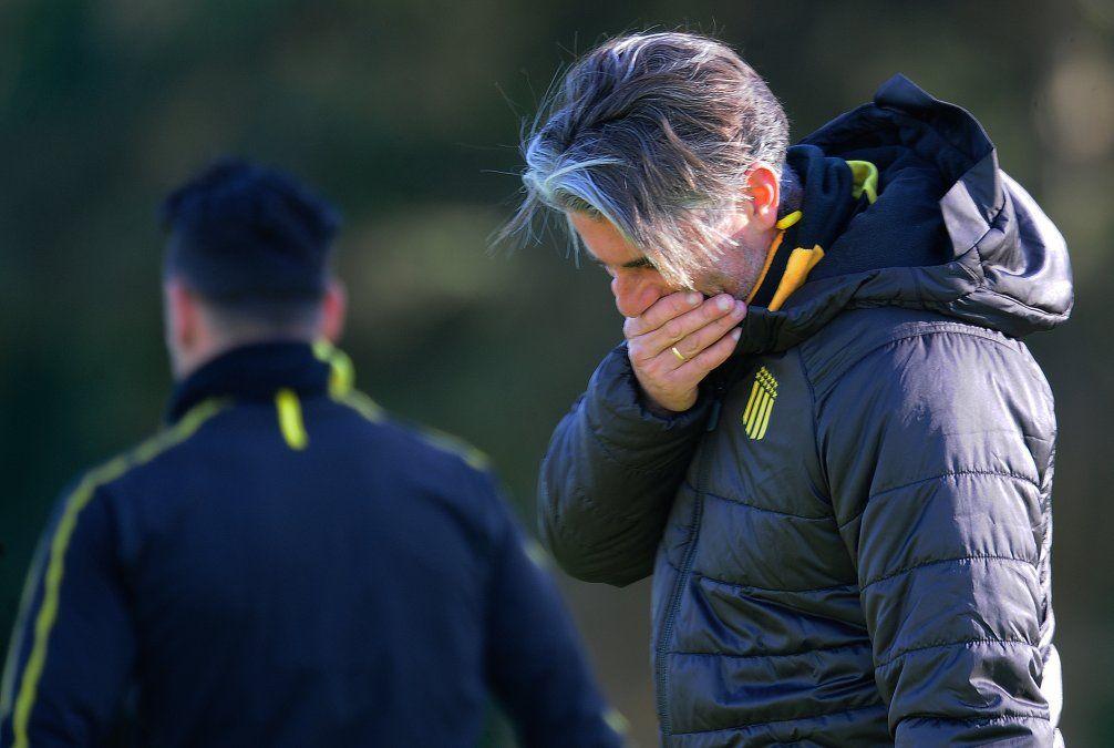 Diego López reconoce que habrá que trabajar la parte anímica del plantel porque el equipo suele caerse cuando le convierten goles y también mejorar en el fútbol colectivo.