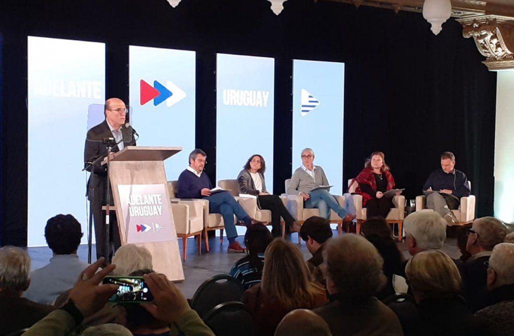 Martínez presentó 12 medidas para mejorar la seguridad y la convivencia ciudadana
