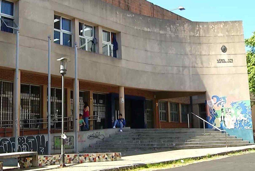 Ministra de Educación destacó importancia de centros educativos para combatir el bullying
