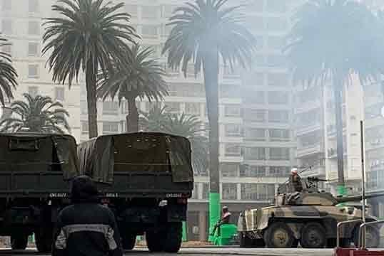 Este lunes sigue el rodaje de la serie de TV Conquest con tanques de guerra y cientos de extras
