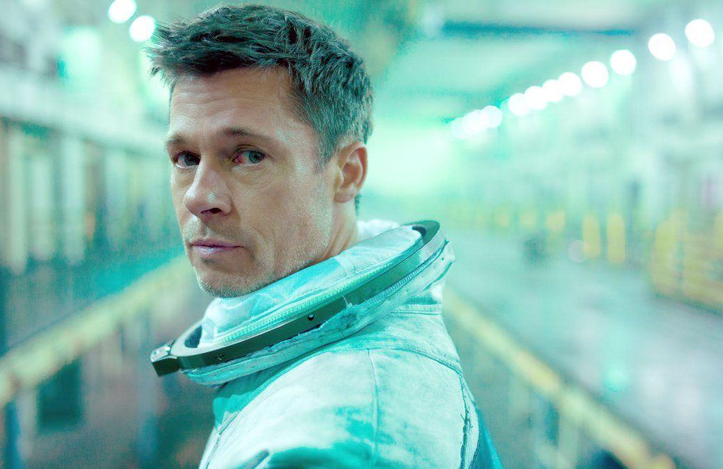 Brad Pitt personifica a un hijo en busca de su padre en un viaje por el espacio