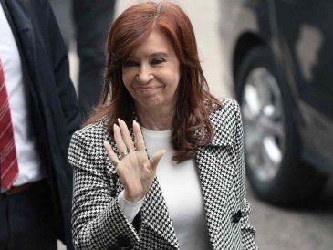 """Cristina Kirchner a juicio en Argentina por causa de los """"cuadernos de la corrupción"""""""