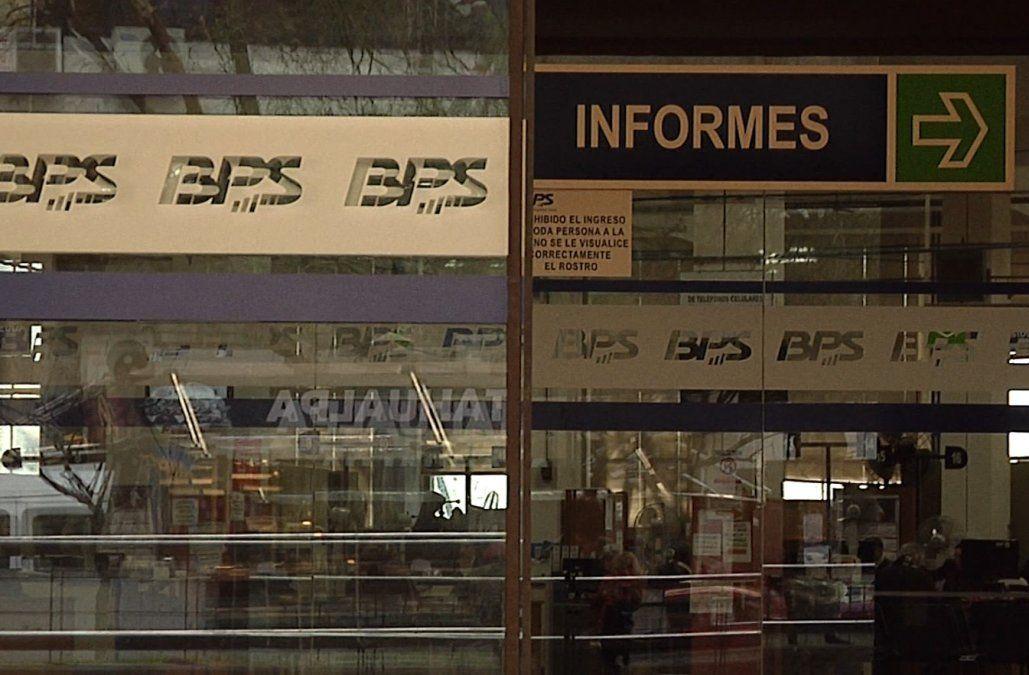 BPS comienza con el cronograma de pagos de devolución de FONASA