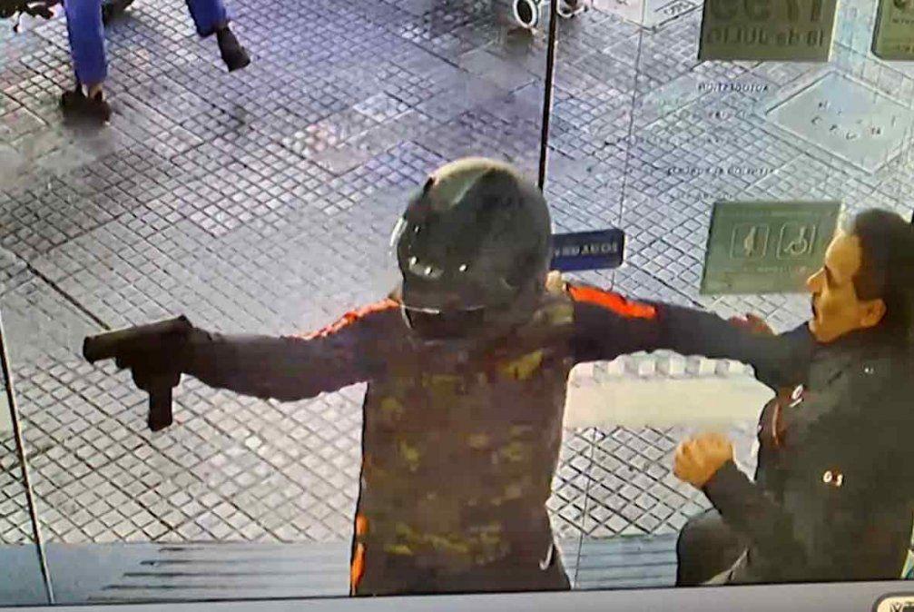 Condenaron al rapiñero que asaltó un local de una financiera de Avenida 18 de Julio