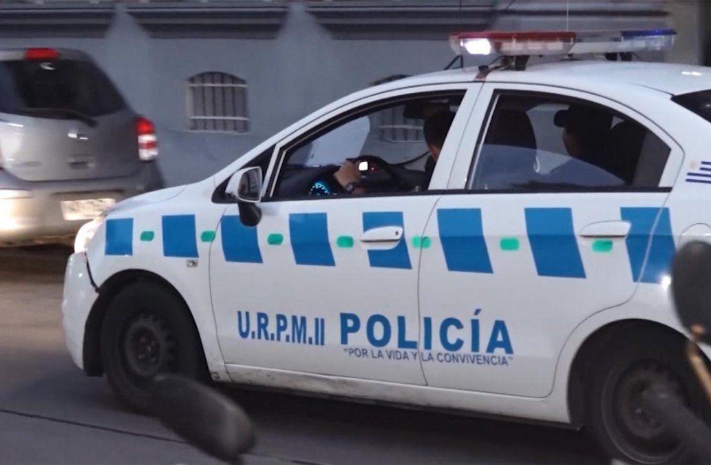 Tres delincuentes armados rapiñaron una ferretería y se dieron a la fuga con la recaudación