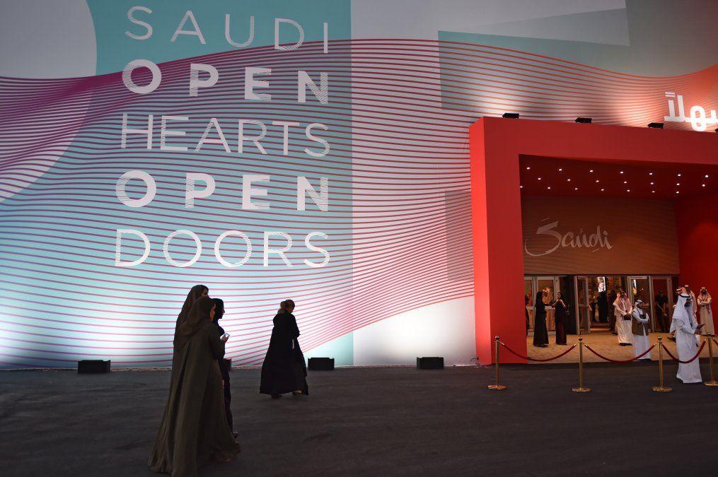 Arabia saudí se abre al turismo en una decisión histórica