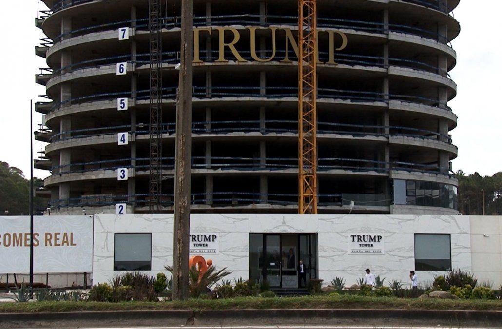 Suspenden construcción de la Torre Trump y los obreros fueron enviados al seguro