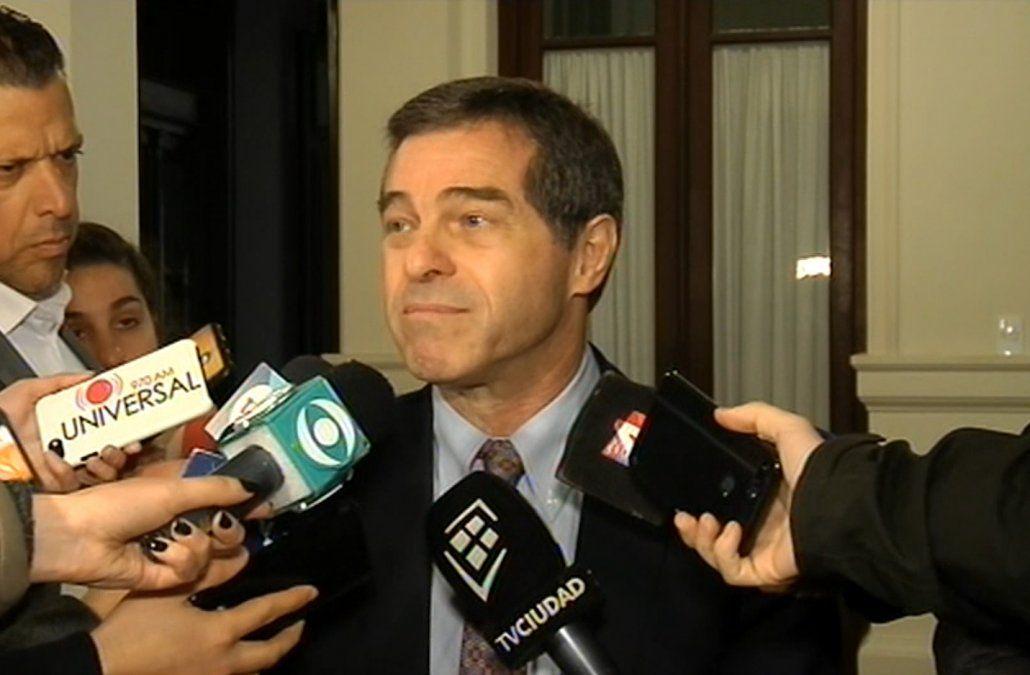 Talvi aseguró que Martínez y Lacalle Pou no ofrecieron un rumbo ni un destino
