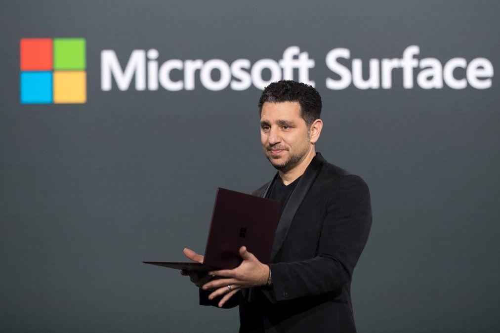 Microsoft regresa al ruedo de los smartphones con modelo de doble pantalla