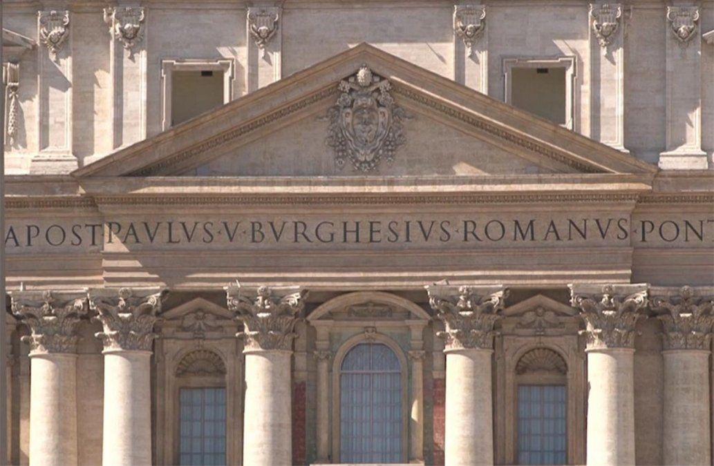 Escándalo en el Vaticano por transacciones ilegales en compras inmobiliarias