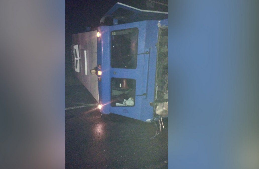 Siniestro fatal en ruta 5 entre camión blindado y camioneta