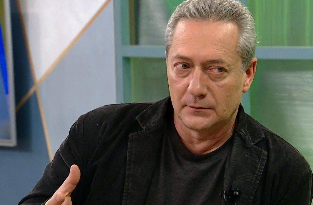 Gerardo Bleier es periodista y asesor en comunicación. Durante la dictadura y los años 80 militó en la Unión de Juventudes Comunistas (UJC).