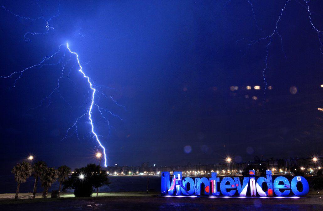 Metsul alerta por tormentas muy severas y destructivas, turbonadas y granizo muy grande