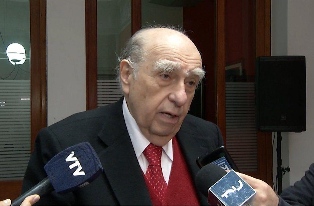 Antes de formar coalición con Manini hay que aclarar temas democráticos, advirtió Sanguinetti