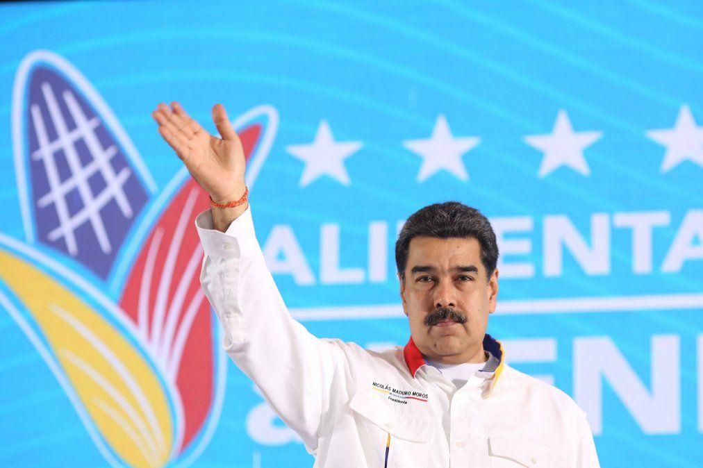 Maduro celebra revueltas sociales en Chile, Ecuador y otros países: secretos de super bigote