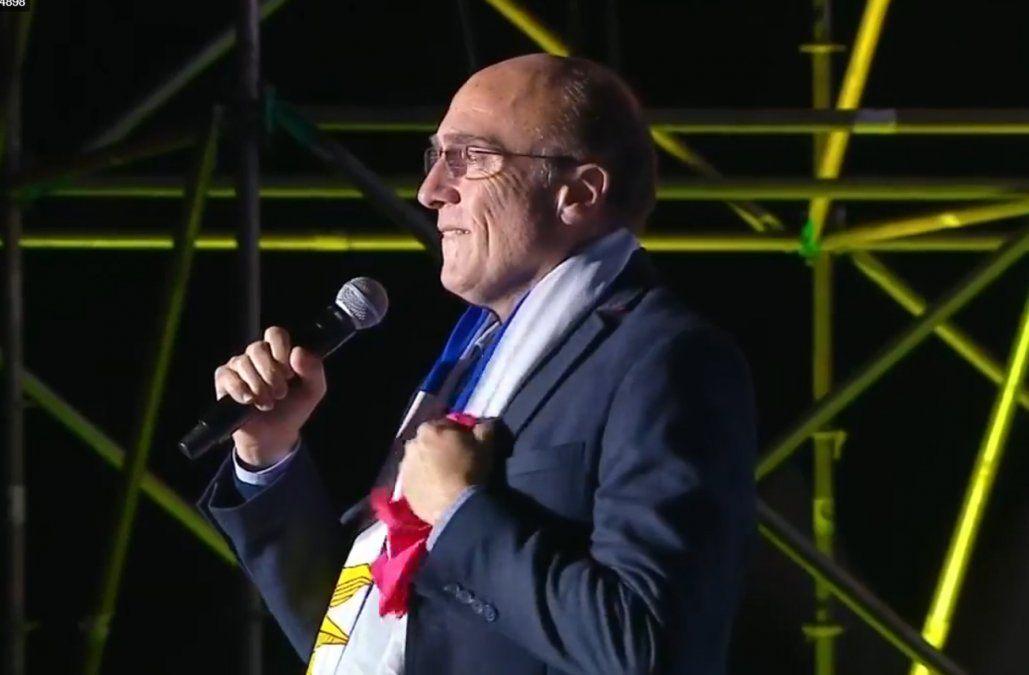 Martínez cerró la campaña con una invitación a seguidores de otros partidos