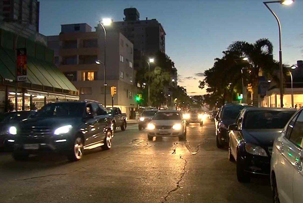 Argentinos cancelan alquileres en Punta del Este tras cepo cambiario
