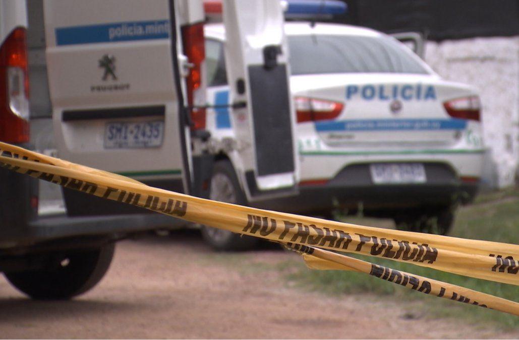 Una mujer fue asesinada a puñaladas por su pareja, que luego intentó suicidarse