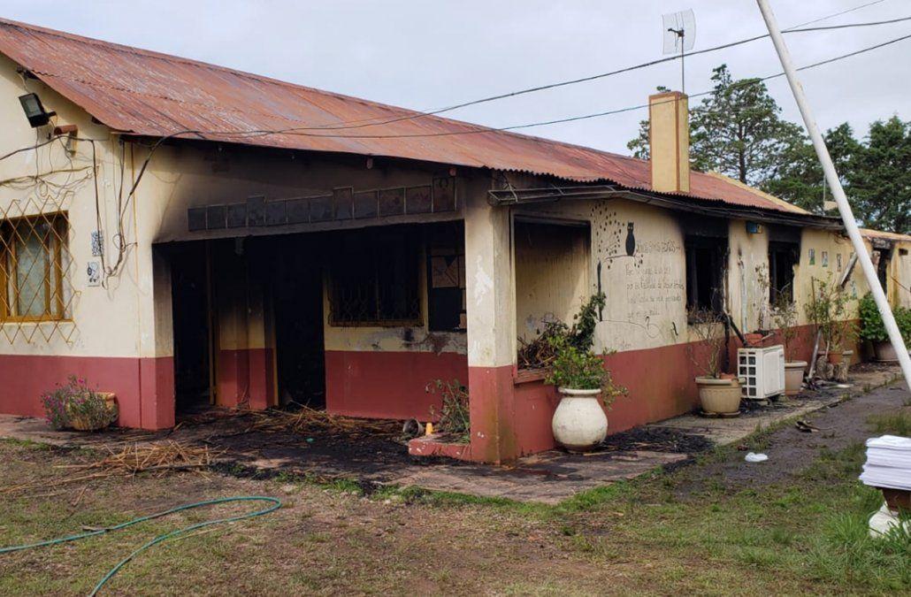 Incendio provocó pérdidas totales en una escuela de Aiguá, Maldonado