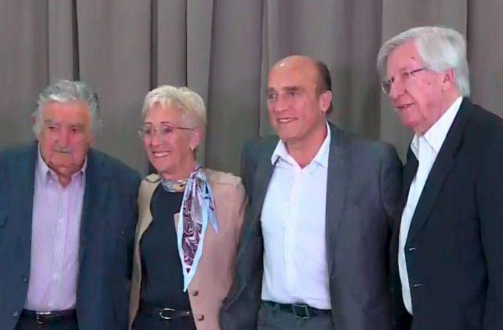Daniel Martínez sobre Mujica y Astori: nos sentimos orgullosos