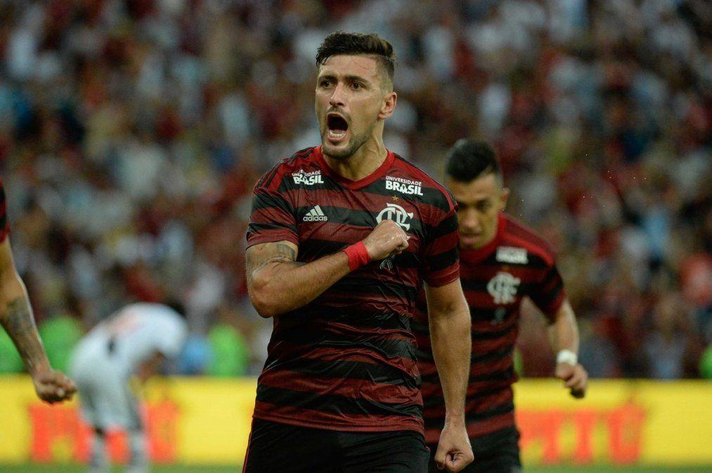 De Arrascaeta se lesionó: alarma en el Flamengo y en la selección uruguaya