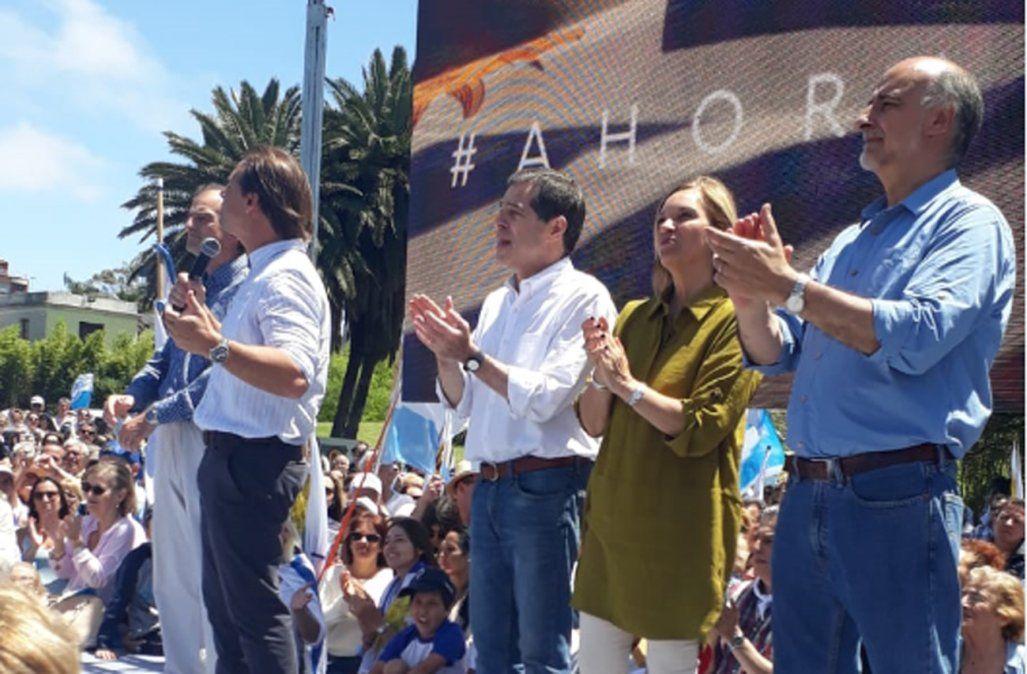 Luis Lacalle Pou salió a mostrar la coalición: Ésta es la foto que pedían