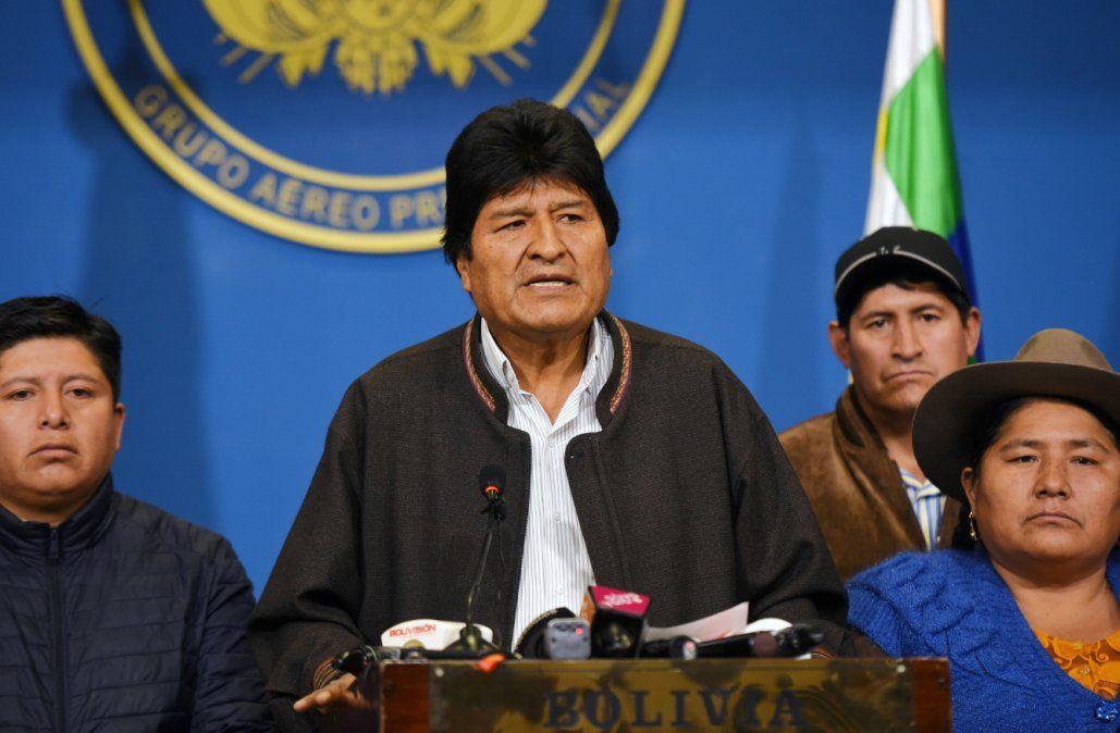 México concede asilo político a Evo Morales porque corre peligro, dijo el canciller
