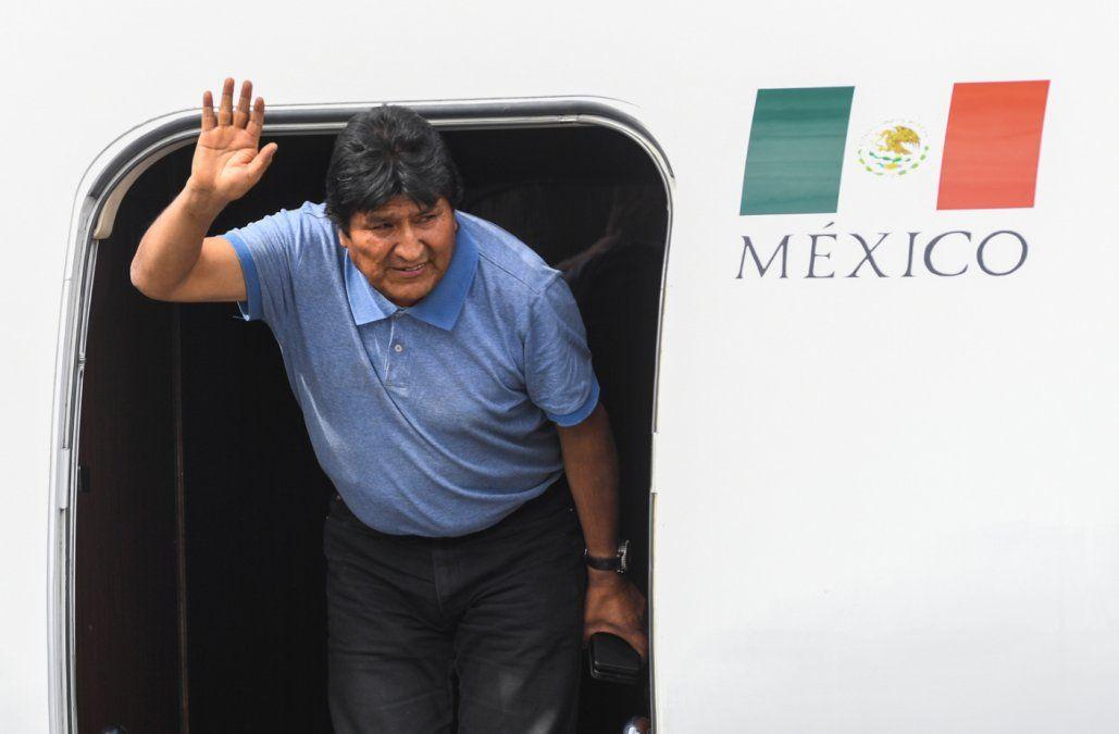 Morales llegó a México tras una tensa salida de Bolivia y un periplo diplomático por Sudamérica