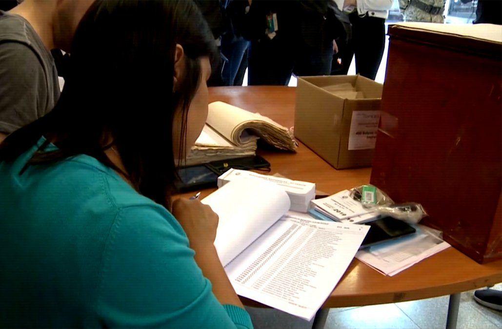 Corte Electoral sugiere chequear el padrón por cambios de circuitos para el balotaje