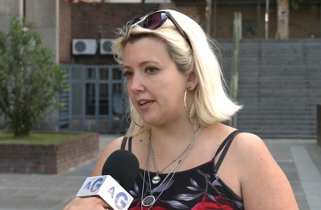 Líder de ADEOM protesta por recorte de prestaciones a su hijo y niños con discapacidad