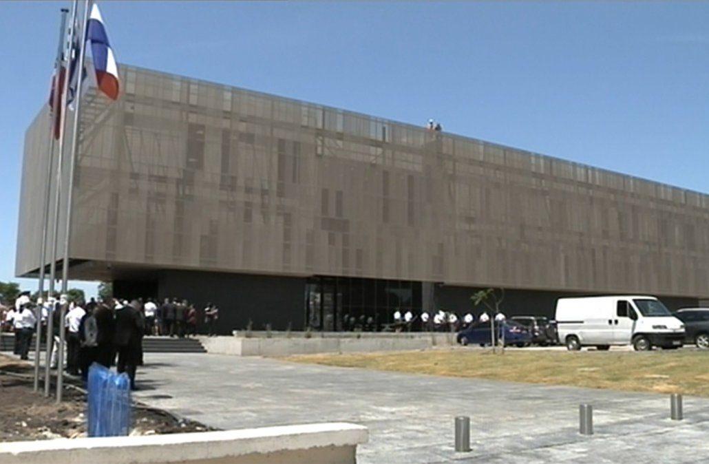 Bonomi inauguró la nueva sede de la Jefatura de Montevideo y repasó lo hecho en 10 años