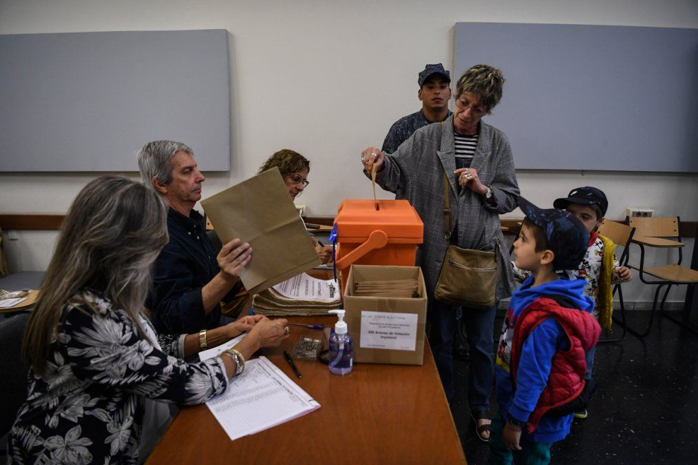 La prensa internacional se hace eco de la jornada electoral en Uruguay