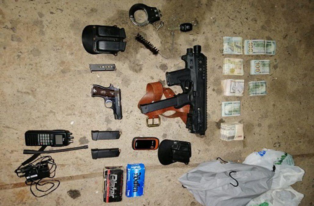 Un hombre fue detenido en plena ruta con armas y US$ 40.000 y $ 237.000