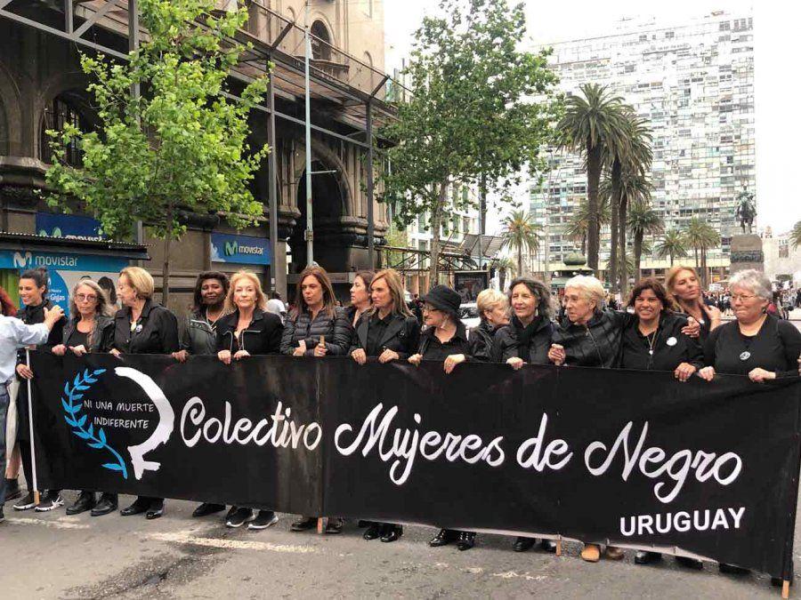 Villar y Argimón marcharon juntas por el día contra la violencia de género