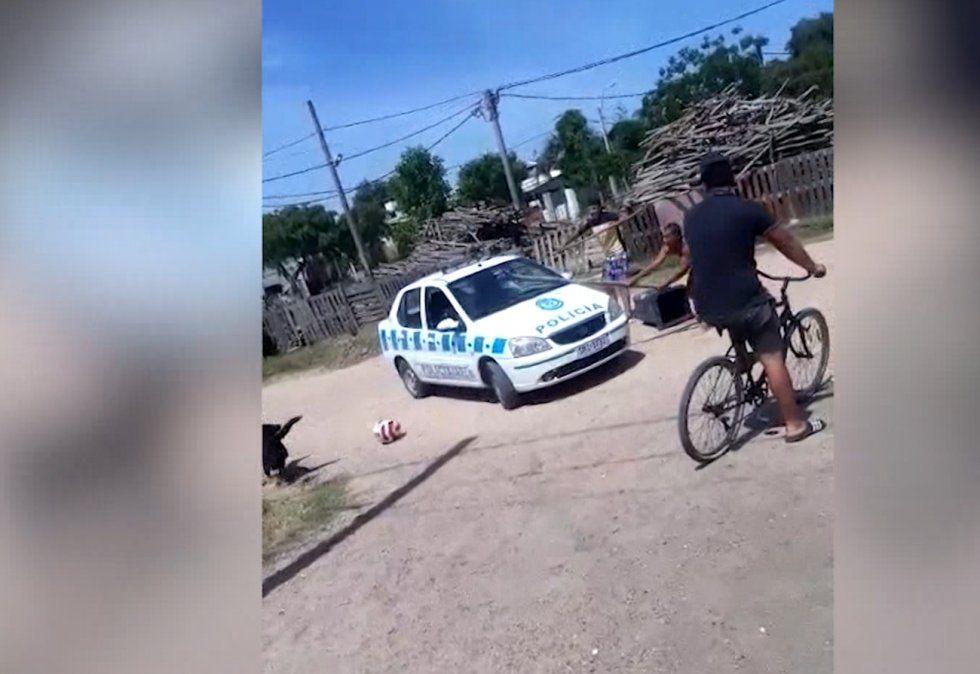 Un ataque a un patrullero con palos y piedras ocurrió en Paso Carrasco