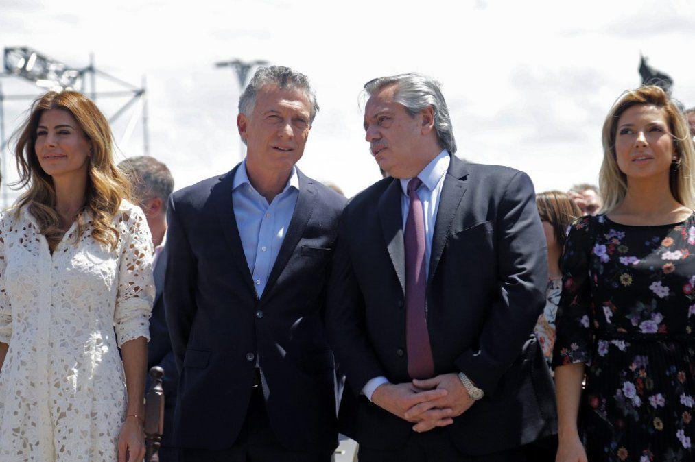 Mauricio Macri y Alberto Fernández dando señales al mundo que algo ha cambiado en Argentina
