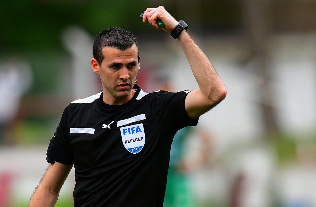 Andrés Matonte será el árbitro del clásico y Daniel Fedorczuk estará en el VAR