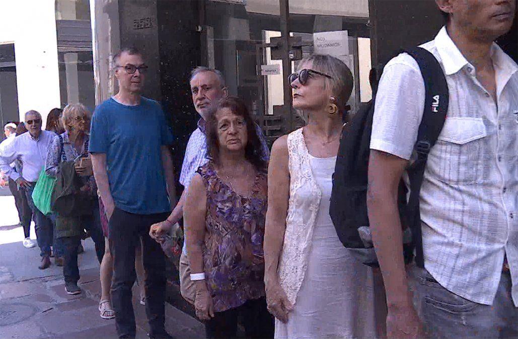 Largas filas en la Corte Electoral para justificar no haber votado en las elecciones